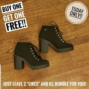 black chunky heel